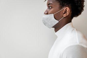 نمکی: از ویروس آفریقایی میترسم